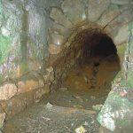 Murovaná chodba pri ústí dolnej štôlne Ján z Kríža (stav z 18.10.2001).