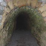 Kamenná výstuž chodby